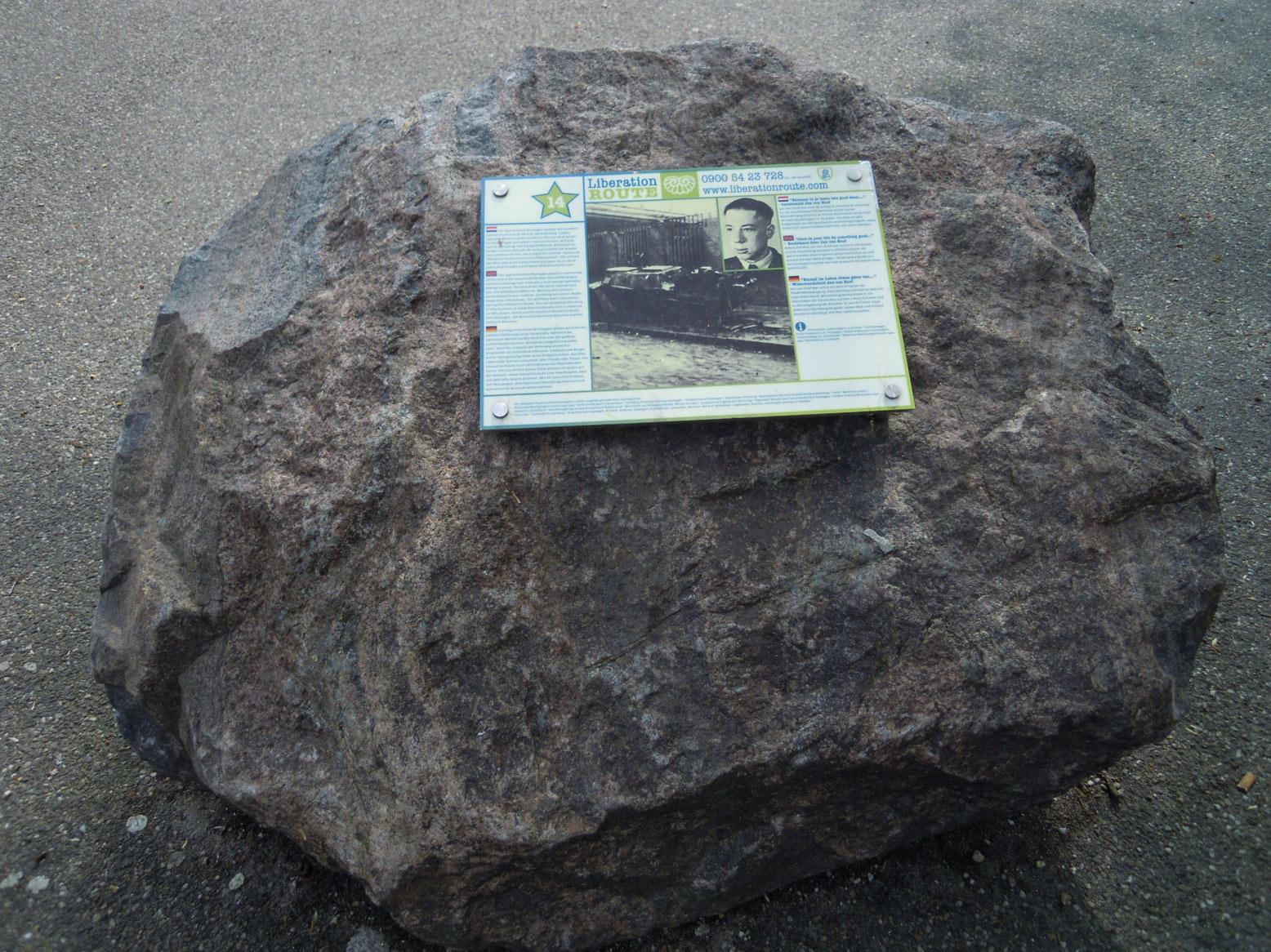 LP_14_JvH-steen