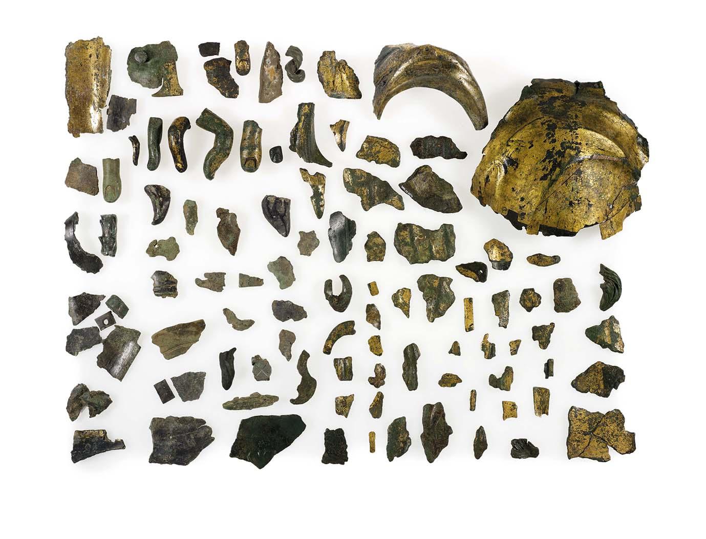 Zaal 1 de scherven Persfoto 2 - Fragmenten uit een heiligdom van Vagdavercustis uit Kalkar - low res