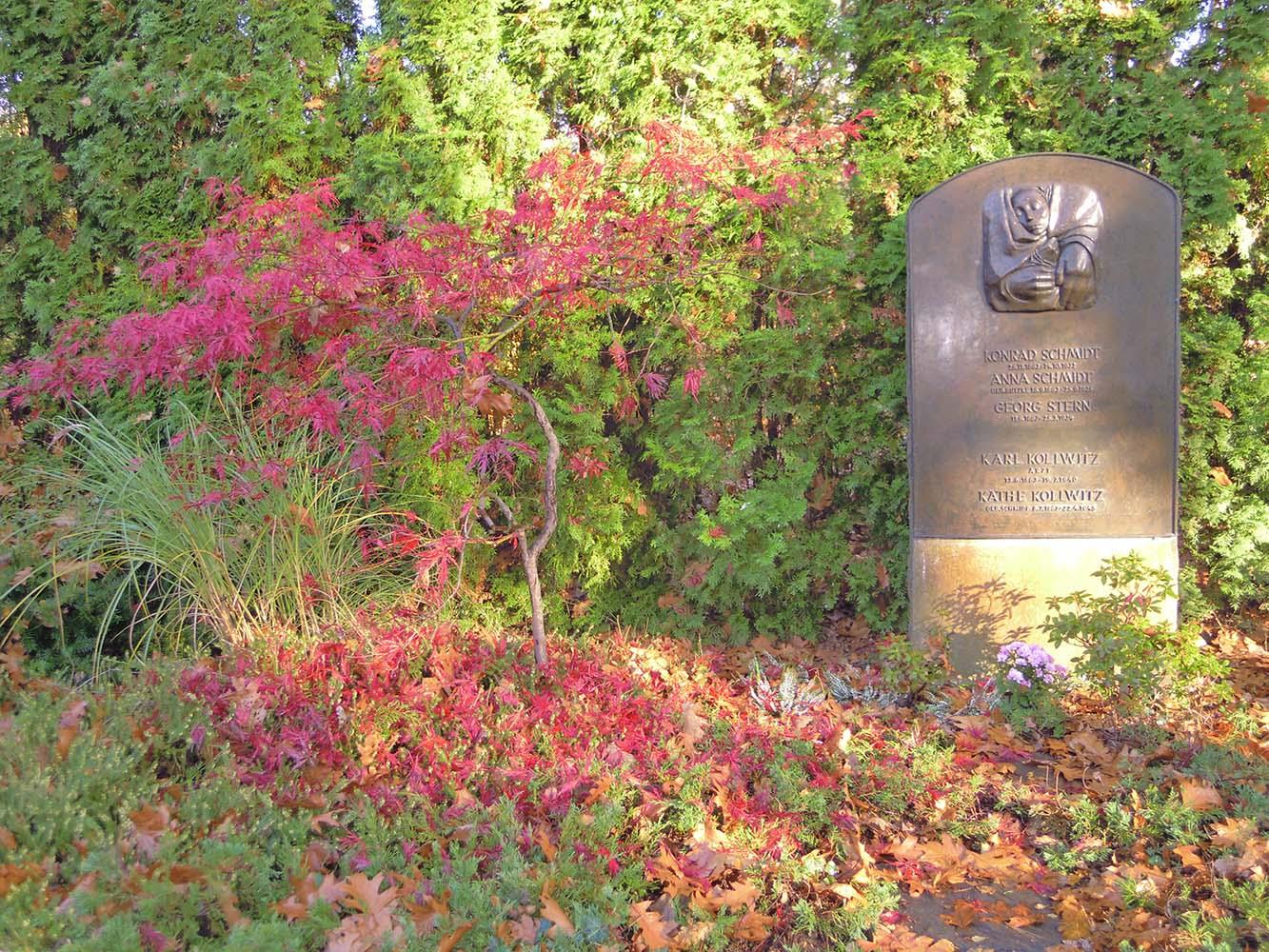 Berlijn Kathe Kollwitz 2014 grafsteen KK