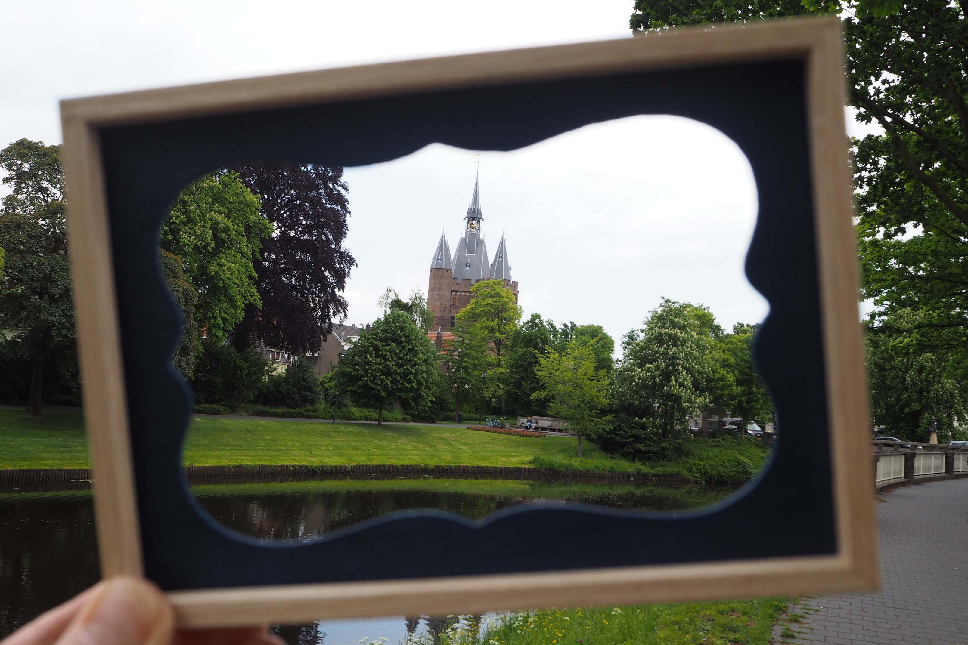 Hanzestad Zwolle heeft de Middeleeuwse stadspoort, de Sassenpoort, als een icoon