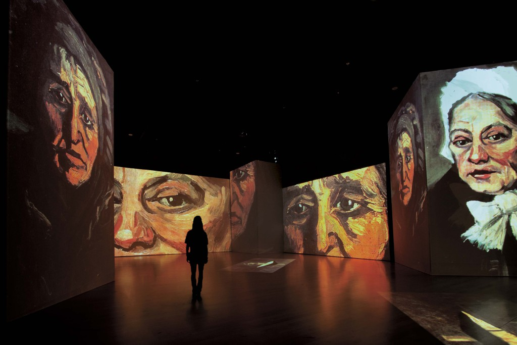 Van Gogh Alive in Berlijn details van De aardappeleters Zundert - Noord-Brabant