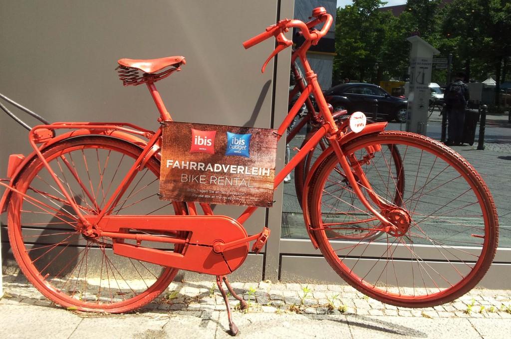 Ibis hotel fietsverhuur of Call a bike © Wilma Lankhorst