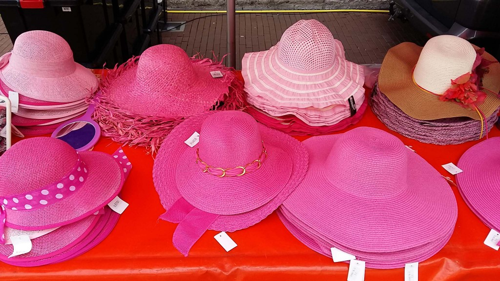 roze woensdag tweede dag van Wandelvierdaagse in Nijmegen