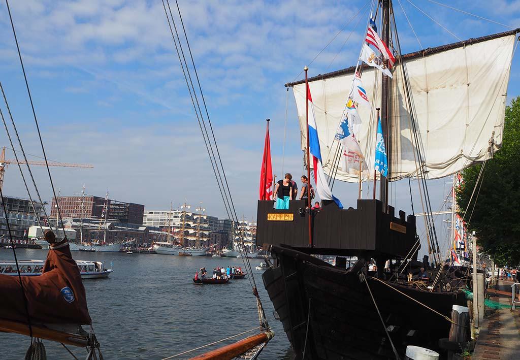 Kamper Kogge actief op Sail 2015 in Amsterdam © Wilma Lankhorst