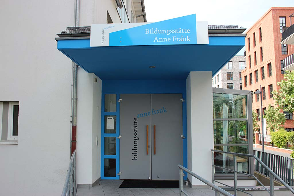 Ingang Anne Frank Educatuiecentrum Frankfurt