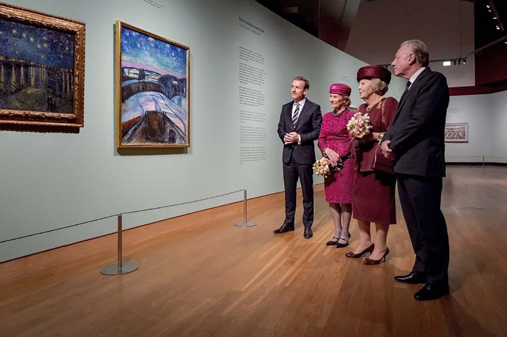 Prinses Beatrix en Koningin Sonja Munch en Van Gogh