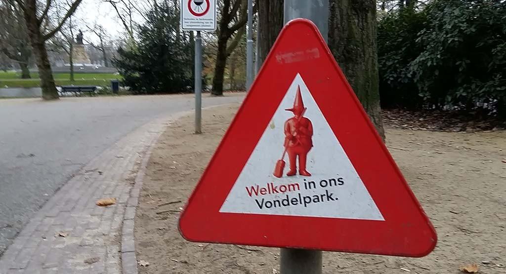 blog 1960 Vondelpark in Amsterdam favoriete hippieplek in de jaren zestig © Wilma Lankhorst