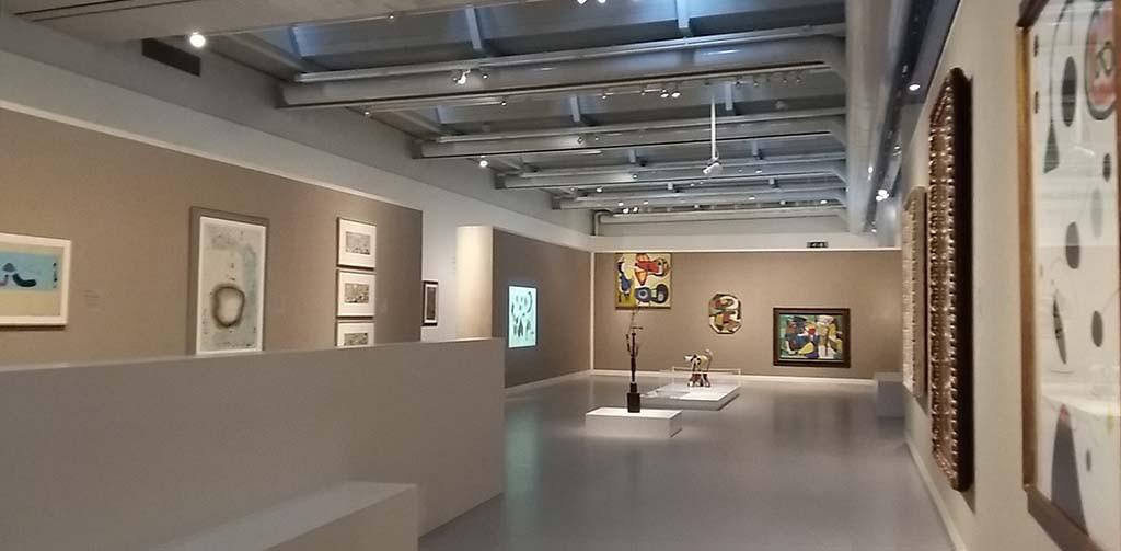 Miro inspireert Cobra in Cobra Museum Amstelveen