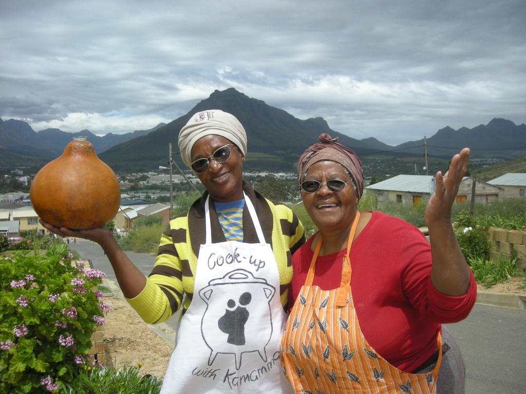 Zuid-Afrika Stellenbosch Kayamandi welkom door Mama Esmay en Mama Swartbooi