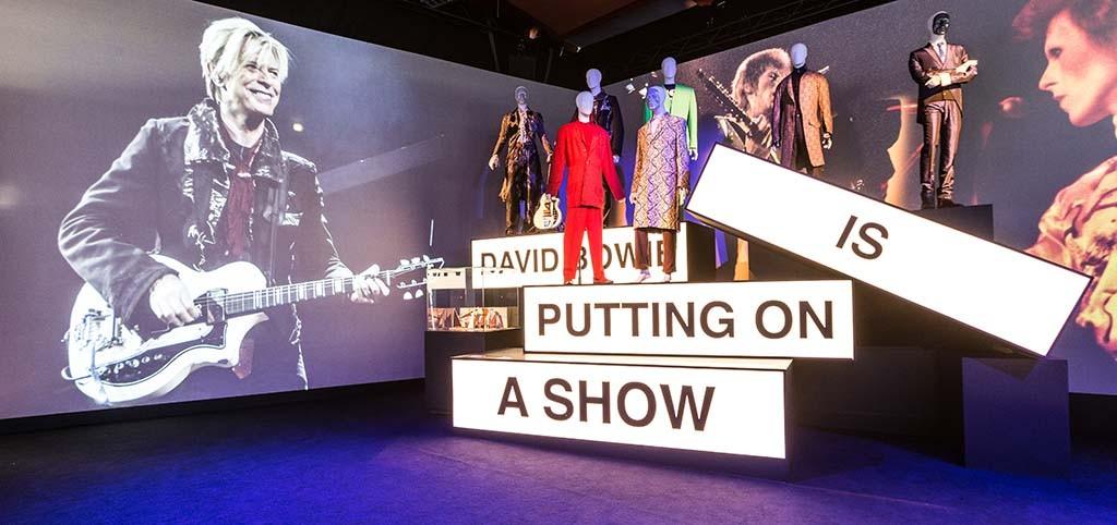 David Bowie is - Groninger Museum - foto Gerhard Taatgen (4)