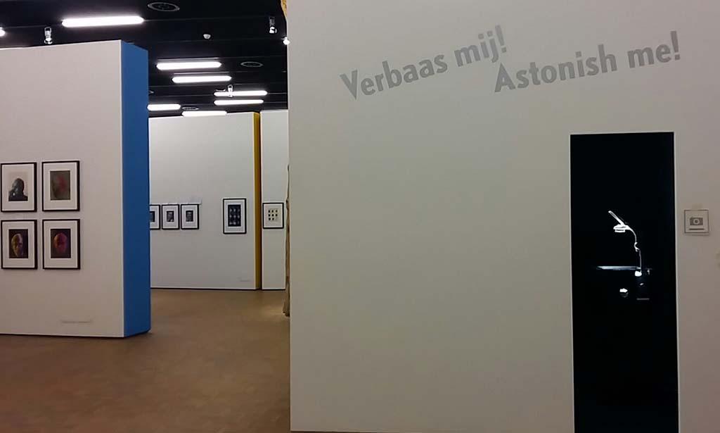 donkere kamer in Philippe Halsman verbaas me Kunsthal