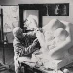 Kathe Kollwitz in haar atelier-1935 © Käthe Kollwitz Museum Keulen