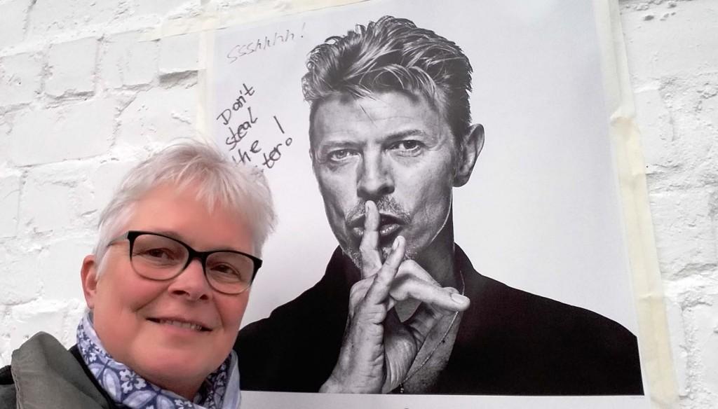 Wilma ontmoet Bowie in berlijn tijdens fototentoobstelling