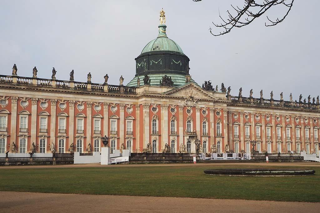 Neues Palais vanuit Park Sanssouci foto Wilma Lankhorst