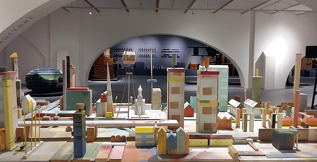 Droomstad geinspireerd op architectuur Berlage - beurs van Berlage - Godfather of Dutch design foto Wilma Lankhorst