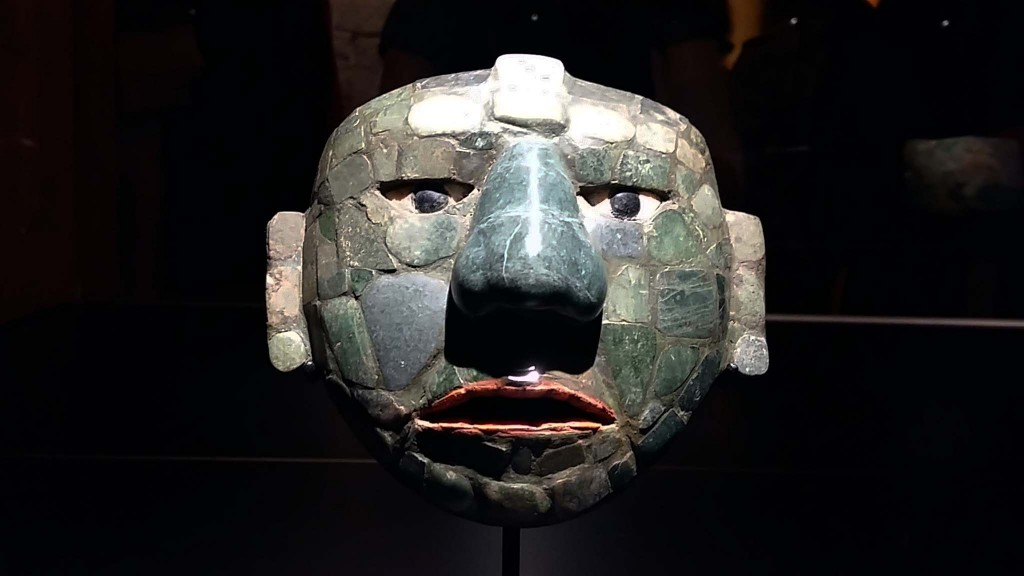 Maya's mensen van maïs, Groen masker foto Wilma Lankhorst