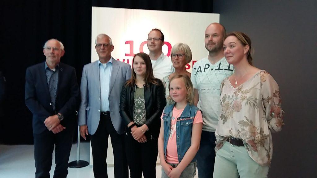 100ste 4daagse opening links Henk Kroes - Johan Willemstein foto Wilma Lankhorst