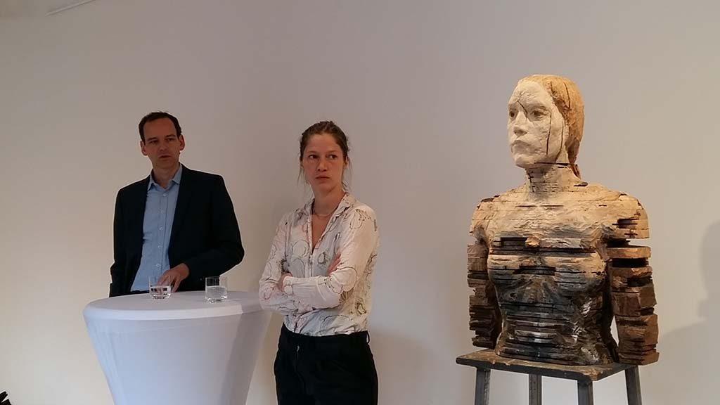 Laura Eckert (midden) met NN16 in het Paula Modersohn Becker Museum in Bremen - Zomergst 2016 foto Wilma Lankhorst