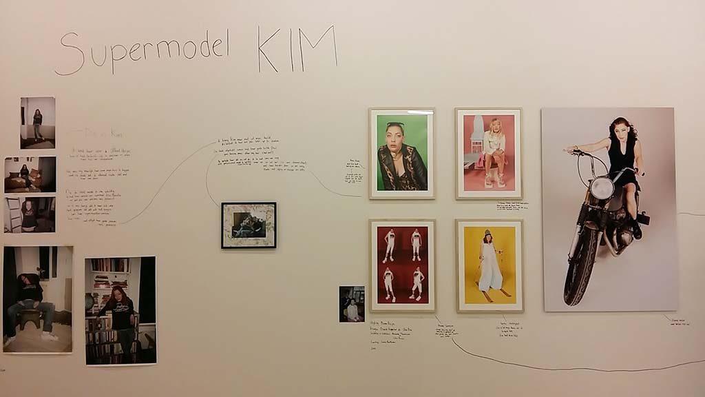 Super model Kim ©Jan Hoek Stedelijk Museum Schiedam foto Wilma Lankhorst