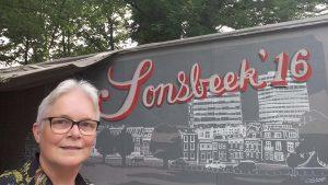 sonsbeek 16 Arnhem entree selfie Wilma Lankhorst
