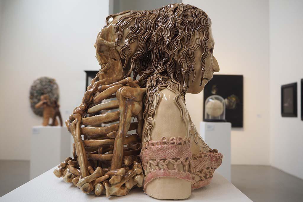 Het meisje en de dood © Carolein Smit - coll. Reydan Weiss foto Wilma Lankhorst