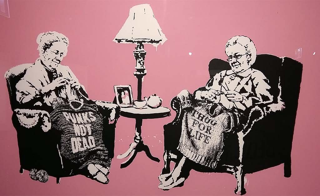 The-art-of-Banksy-Grannies-foto-Wilma-Lankhorst