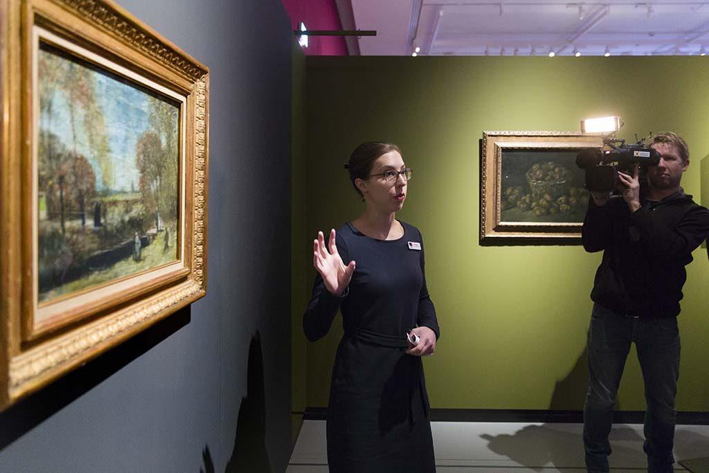 De_tuin_van_de_pastorie_te_Nuenen-1885-Vincent-van-Gogh-Helewise-Berger-conservator-HNBM