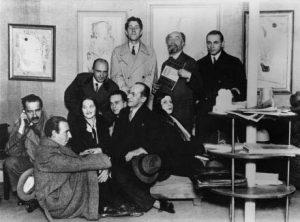 Mondriaan-in-Galerie-Zak-Parijs-1929-Foto-Florence-Henri.-Collectie-RKD-Den-Haag