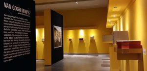 Moti Museum80-Van-Gogh-minis-zaaloverzichtfoto-Wilma-Lankhorst