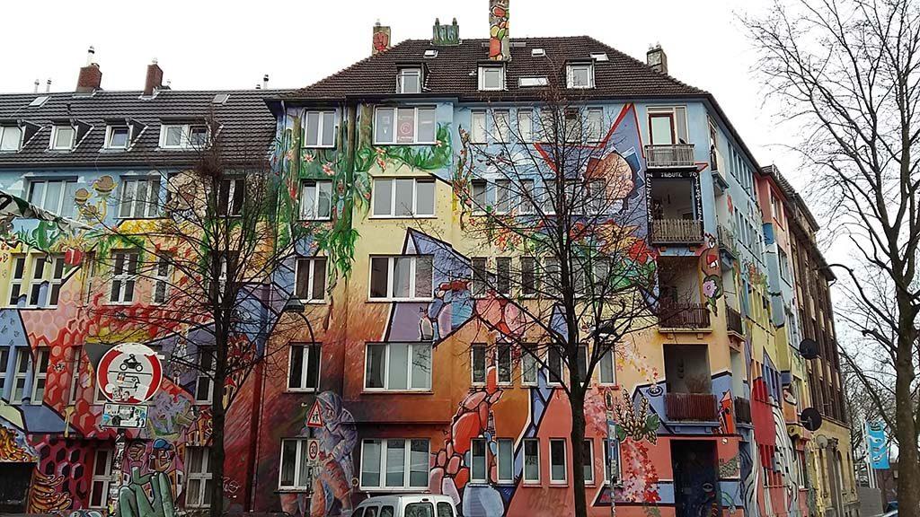 Düsseldorf-Kiefernstrasse-welkom-in-de-Kiefernstrasse-foto-Wilma-Lankhorst