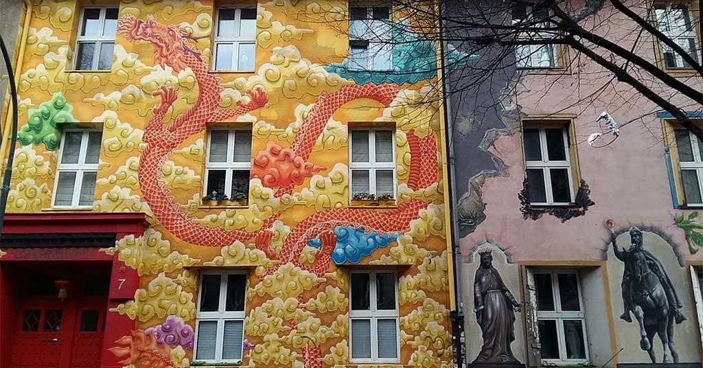 Dusseldorf-Kiefernstrasse-Chinese-draak-en-ridder-van-Conor-Harrington-foto-Wilma-Lankhorst