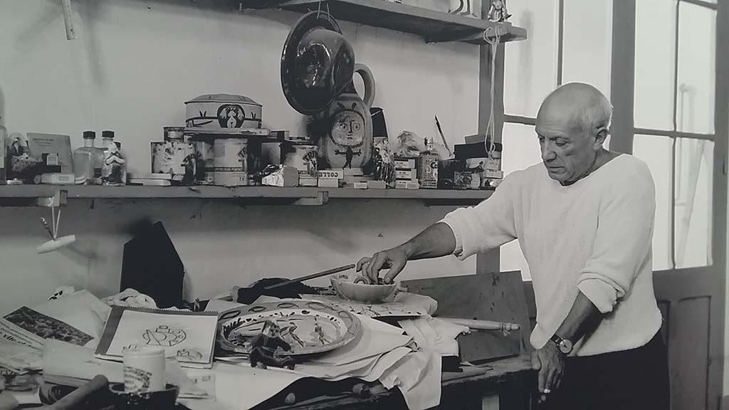 Picasso-aan-Zee-Picasso-aan-het-werk.j