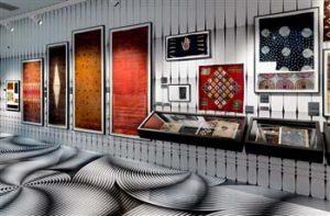 zaaloverzicht-VLISCO-in-MUSEUM-MODERNE-KUNST-Helmond
