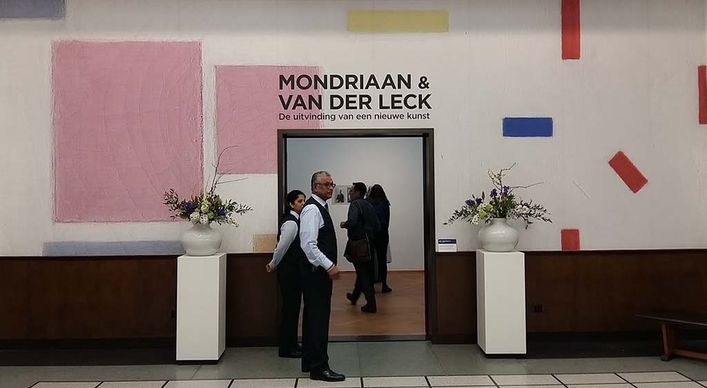 Mondriaan en Bart van der Leck entree-expo.