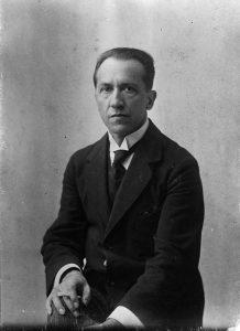 Mondriaan en Bart Van der Leck portret-Mondriaan-1917
