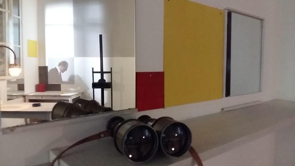 Amersfoort-Mondriaanhuis-ontmoet-Piet-in-zijn-Parijse-atelier-foto-Wilma-Lankhorst