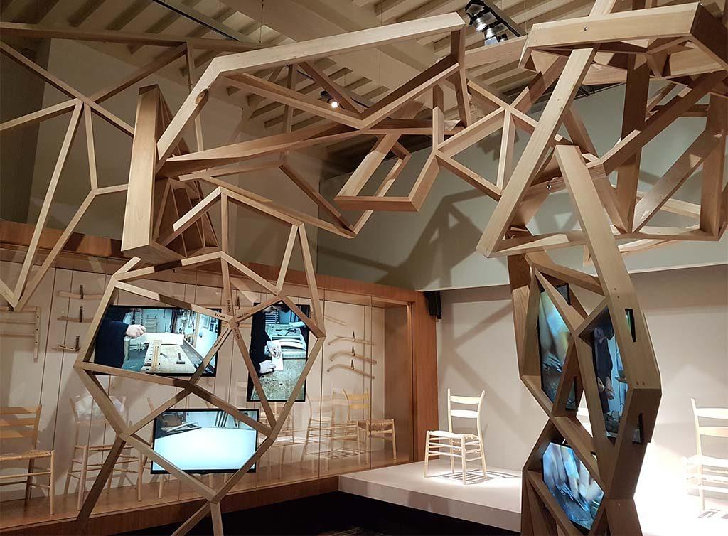 Zeeuws-Museum-2017-Expo-Handwerken-zaaloverzicht-hout-2-foto-Wilma-Lankhorst