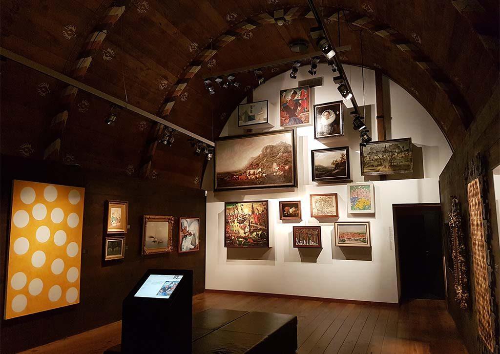 Zeeuws-Museum-2017-Slaapkamer-Louise-de-Coligny-3-overzicht-en-Stippen-Piet-Dieleman-foto-Wilma-Lankhorst