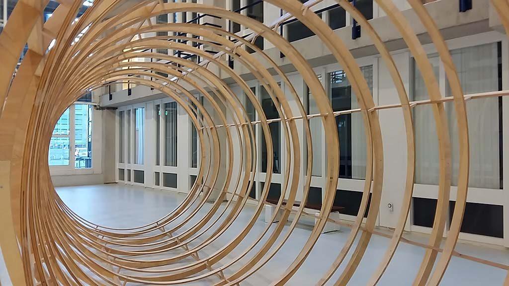 Lakenhal-op-locatie-Installatie-Palliatieve-2016-©-Iede-Reckman-foto-Wilma-Lankhorst