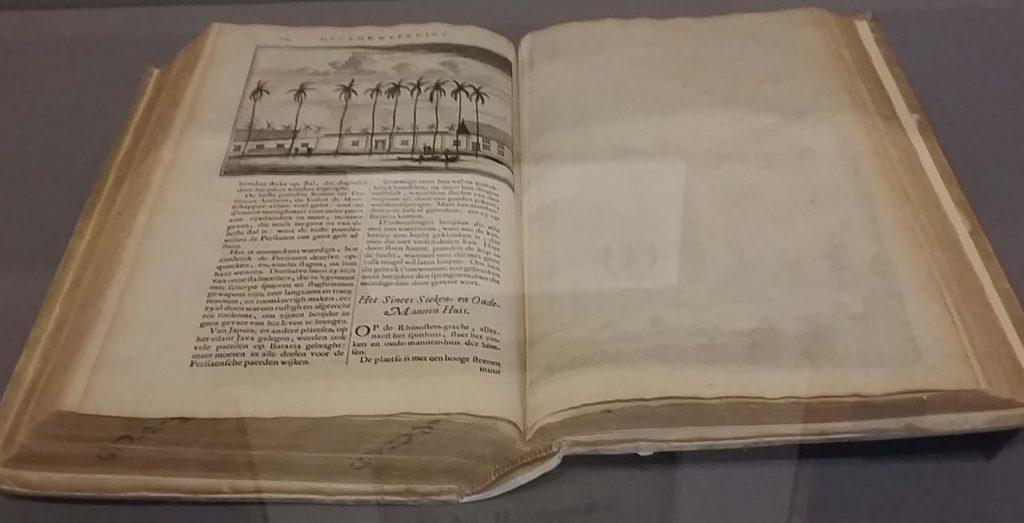 Barbaren-en-Wijsgeren-reisboek-Johan-Nieuhofs-Gedenkwardige-zee-en-lantreisen-1782-foto-wilma-Lankhorst.