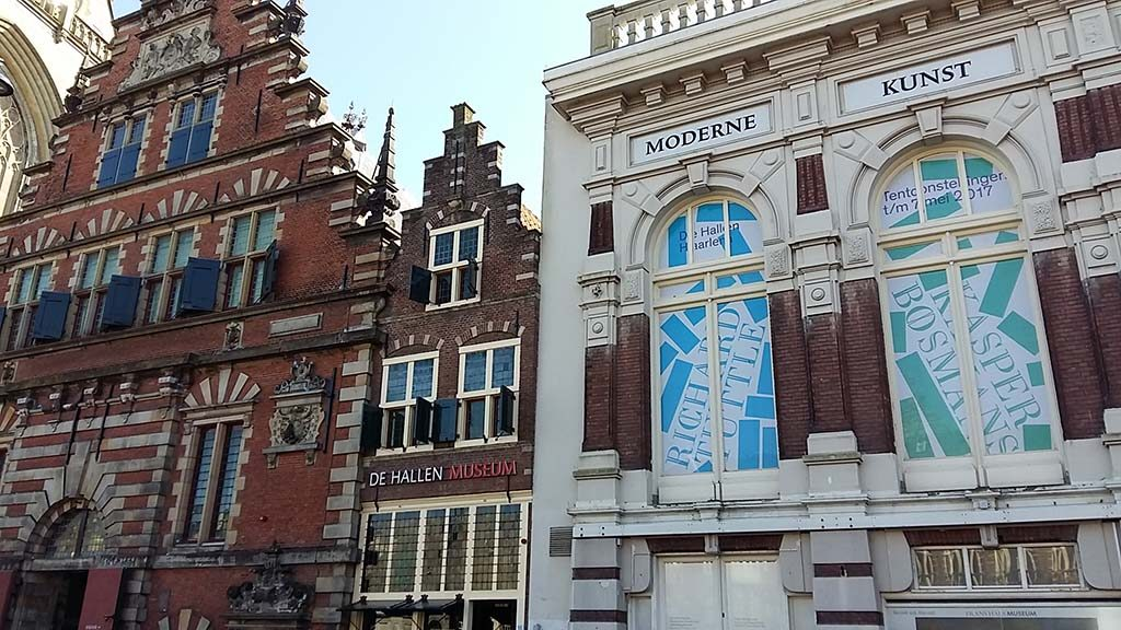 Evelyn-Taocheng-Wang-in-De-Hallen-Haarlem-foto-Wilma-Lankhorst