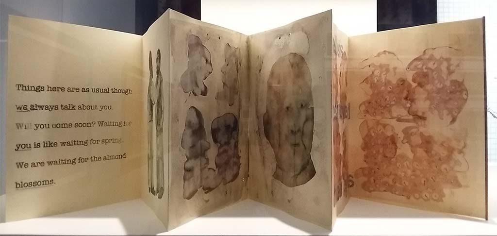 Nalini-Malani-prentenboek-Stedelijk-Amsterdam-foto-Wilma-Lankhorst
