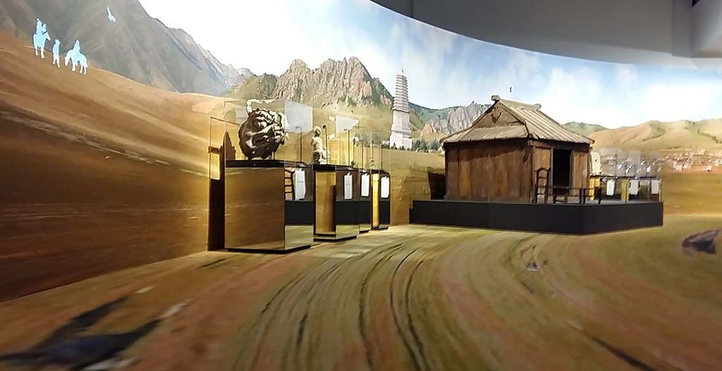 The Great Liao zaalimpressie-houten-doden-huisje-foto-Wilma-Lankhorst
