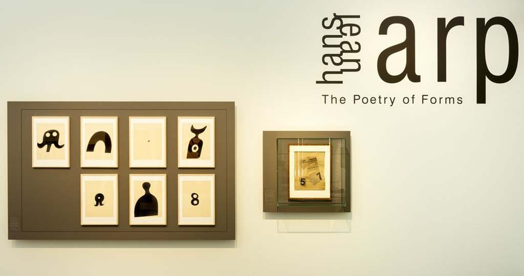 Jean Arp zaaloverzicht-The-Poetry-of-Forms-foto_-Marjon-Gemmeke