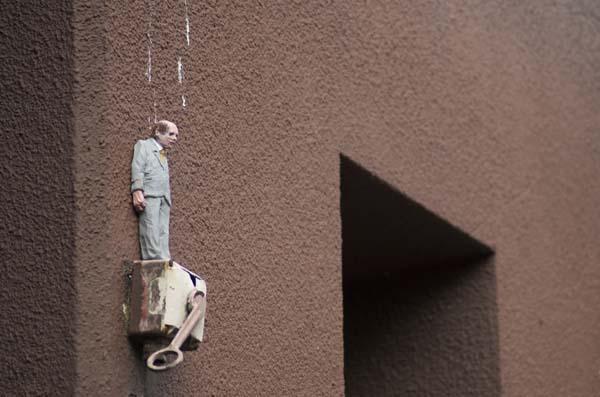 Manntjes-©Isaac-Cordal-foto-Street-Art-Heerlen.