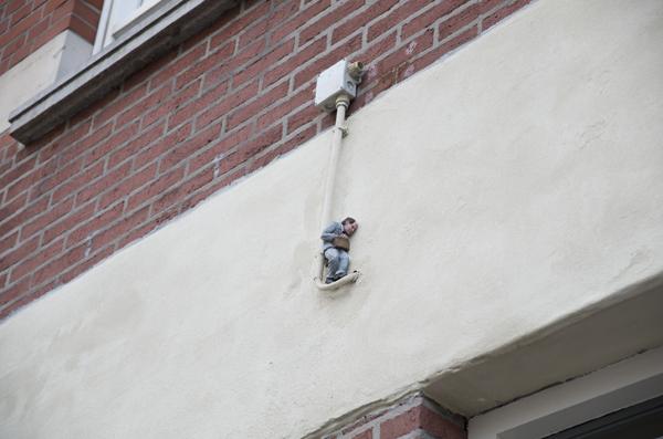 Manntjes-3-©Isaac-Cordal-foto-Street-Art-Heerlen.j