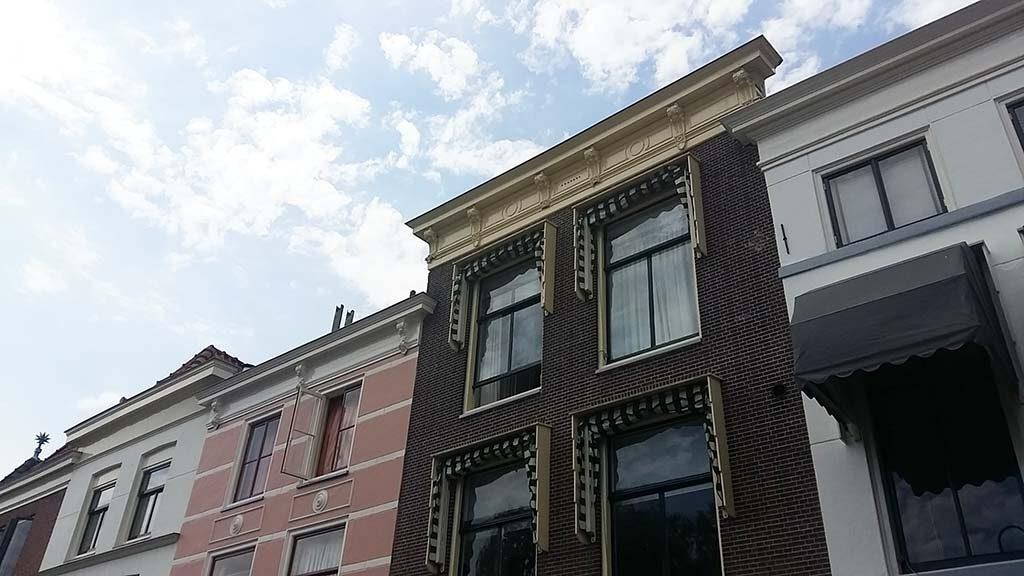 Leiden-In-Stijl-Korte-Galgewater-3-woonhuis-en-studio-Theo-van-Doesbug-foto-Wilma-Lankhorst