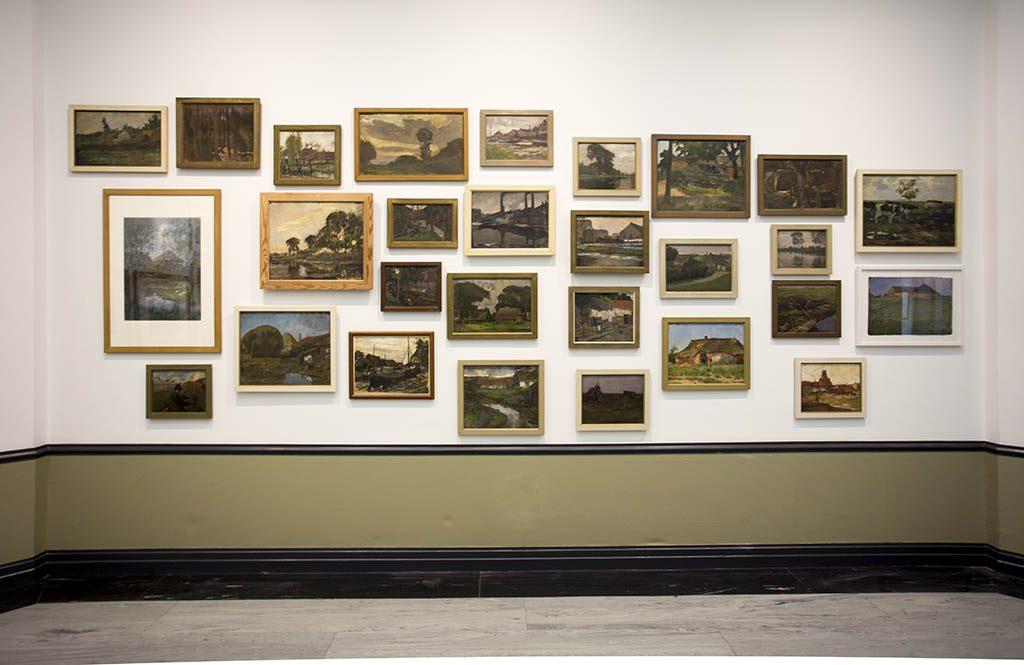 De-Ontdekking-van-Mondriaan-zaaloverzicht-3-landschappen-foto-Gemeentemuseum-Den-Haag