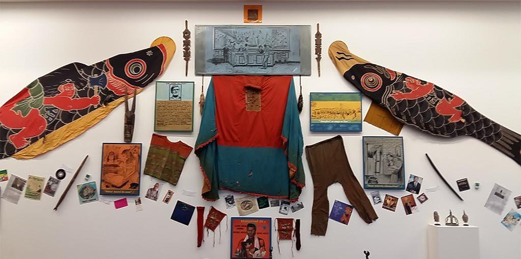 Wir-nennen-es-Ludwig-Georges-Abdeagbo-installatie-aan-het-einde-van-de-expositie-2016-foto-Wilma-Lankhorst