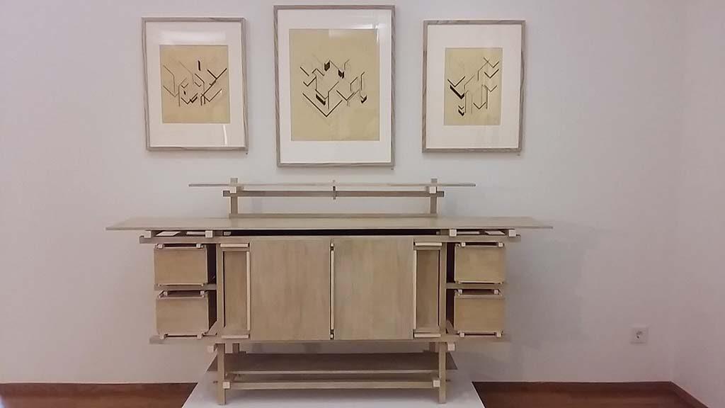 Architectuur-en-Interieur-Gemeentemuseum-Den-Haag-buffet-Gerrit-Rietveld-tekeningen-Van-Doesburg-foto-Wilma-Lankhorst